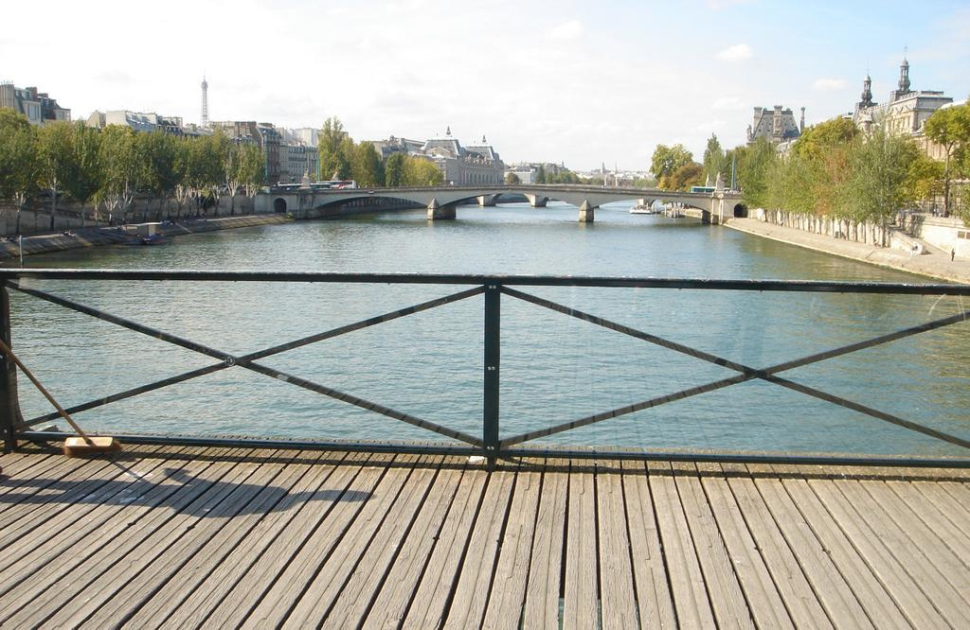 vitre-pont-des-arts